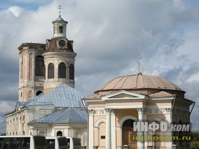 Шлиссельбург. Благовещенский собор и Никольская церковь