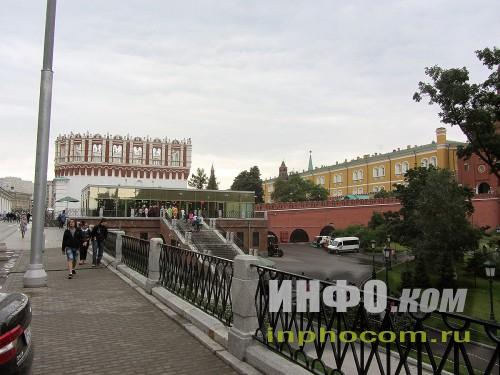 Башня Кутафья - вход в Кремль