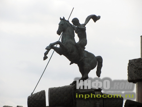 Статуя Георгия Победоносца Монумента Победы, Москва