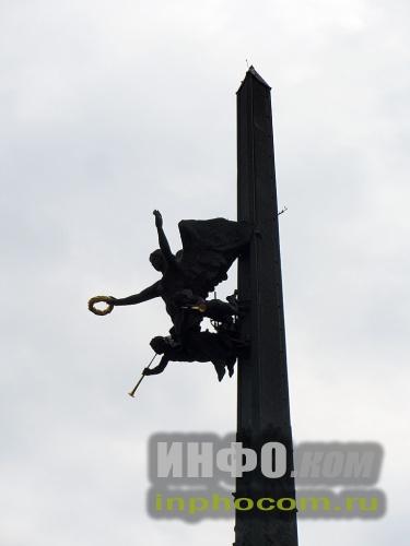 Статуя Ники Монумента Победы, Москва, Поклонная Гора